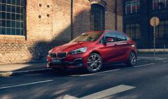 创新容纳你世界BMW 2系旅行车